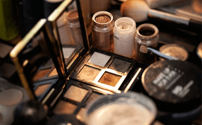 Schminkkurs, Tages-Make-Up, Abend-Make-Up oder Braut-Make-Up?